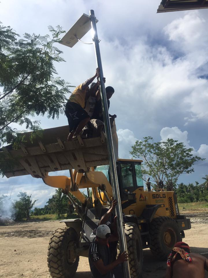 Laos Solar Street Light Project from love and solar