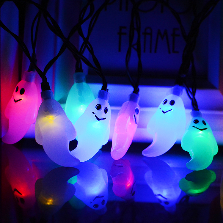 Solar Holiday Ghost Decoration Light